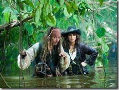 Pirates of the Caribbean: On Stranger Tides (2011) JOHNNY DEPP and PENELOPE CRUZ